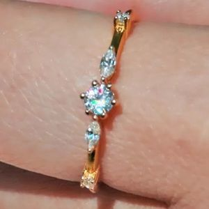 Women's Gold ring